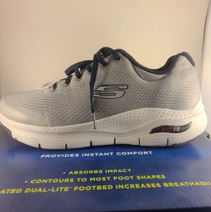 Skechers Arch Fit shoes